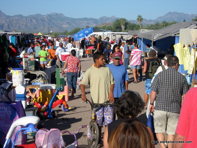 loreto-farmers-market-baja-sunday-shopping